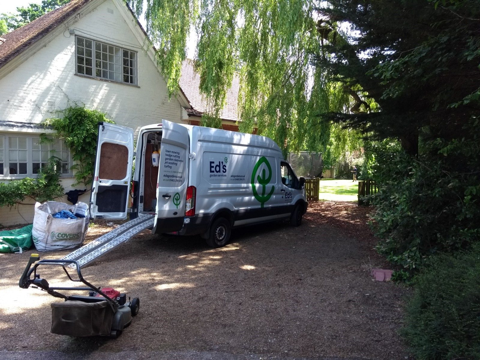Tunbridge Wells Gardening business equipment